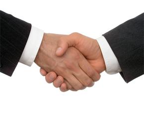 Stretta di mani partner